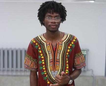 A voz que representa o Rap angolano em Moscovo